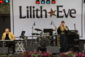 Lilith Eve i Kungsan med Grape